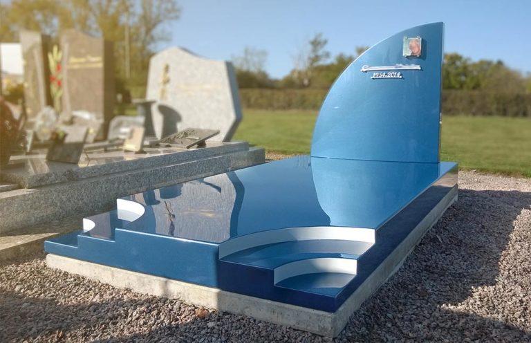 12-monument-funeraire-stele-design